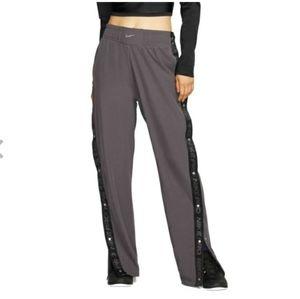 Nike Woman tear pant Thunder gray